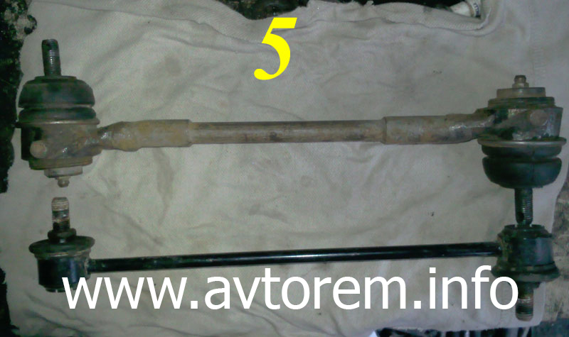 Оригинальная стойка (штанга) и усиленная стойка стабилизатора поперечной устойчивости