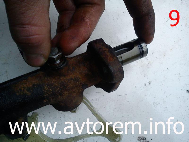 Разбираем главный тормозной цилиндр ваз-2106