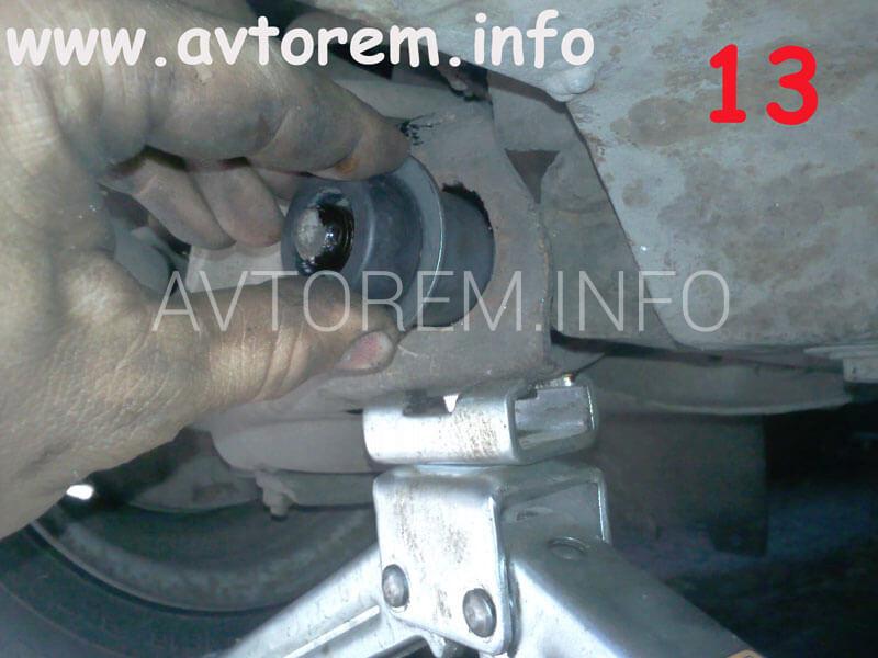 монтаж сайлентблоков в проушины нижних рычагов ваз 2105